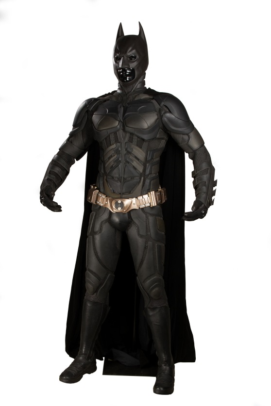 66943_Batman's Christian Bale Batsuit and Cowl 13
